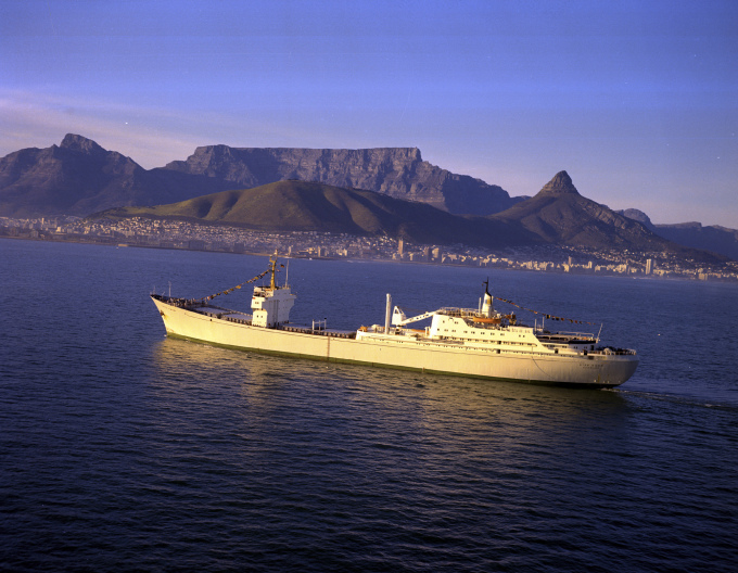 The NS OTTO HAHN off Cape Town